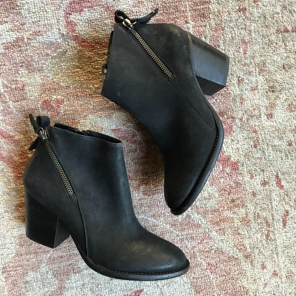 7f4a5f6c6 blondo Shoes | Liam Waterproof Bootie Size 65 | Poshmark